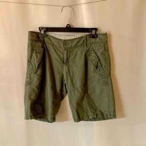 Free people green cargo Bermuda mid shorts 4